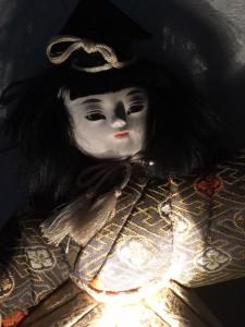 5月人形 夜